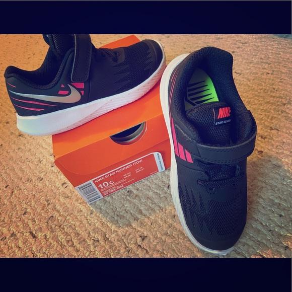 Nike star runner toddler girls shoes 10
